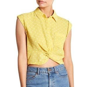 Tops - NWT🍍Yellow Polka Dot Knot Front Crop Top